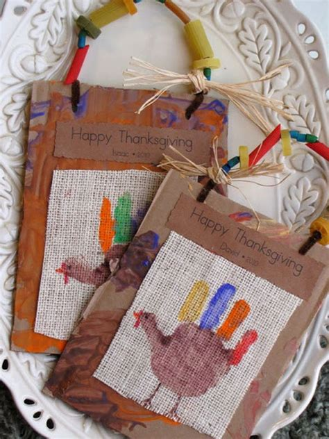 Thanksgiving Placemat Crafts - TGIF - This Grandma is Fun