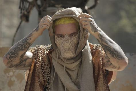 """Behind The Lyrics: The Real Meaning Of J Balvin's """"Machika"""