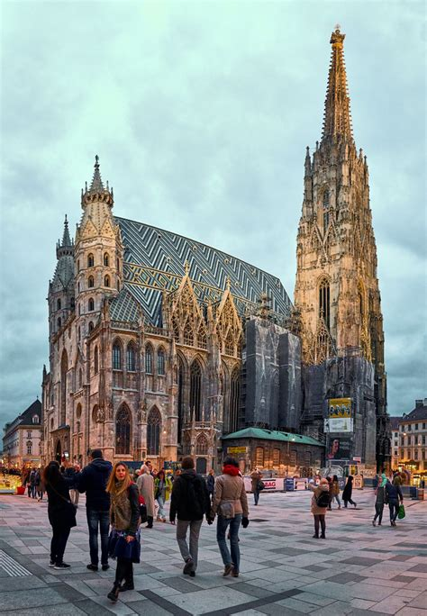 St Stephen Cathedral, Vienna   Shot from the corner of the