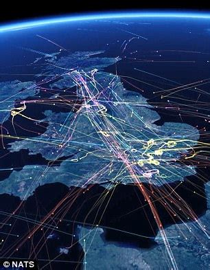 Time lapse shows record number of UK flights today | Daily