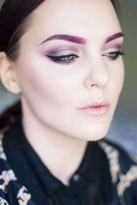 purple eyebrows makeup of the day