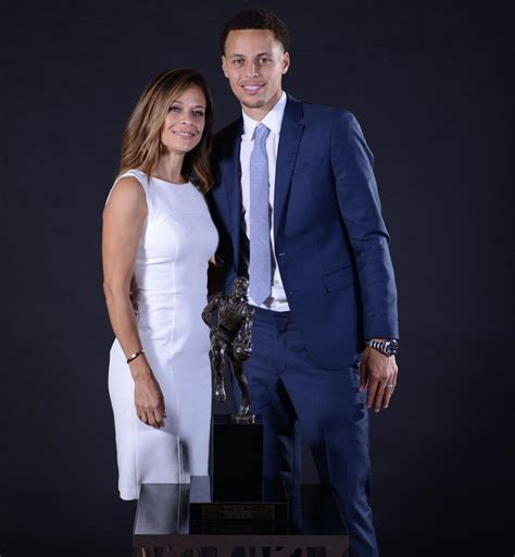 Sonya Curry: Family Talents, Net Worth & More: Ultimate Bio